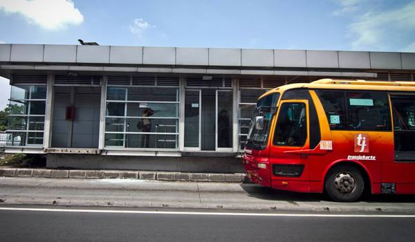 Transjakarta Koridor II diperpanjang hingga Kota Harapan Indah
