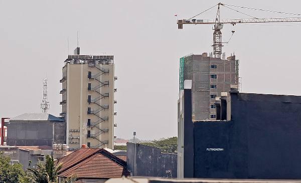 Apartemen Vida View Masuki Tahap Tutup Atap
