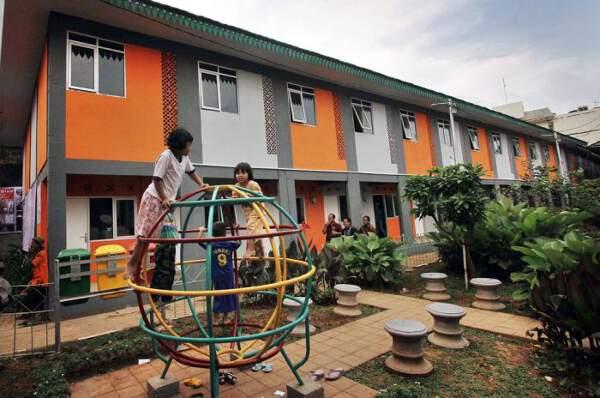 Kampung deret: bentuk revitalisasi rumah tidak layak huni.