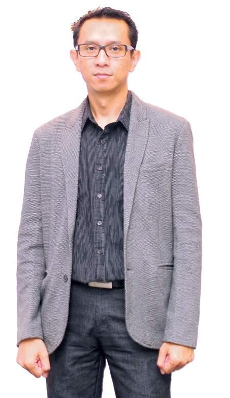 Stevanus J Manahampi