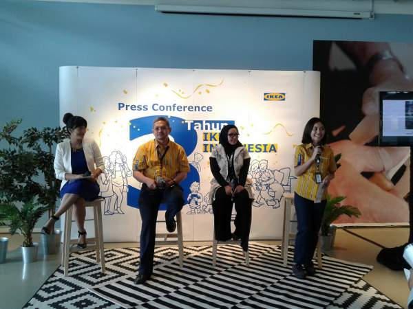 "Suasana Press Conference ""Tiga Tahun IKEA"" di toko Alam Sutera, Serpong, Tangerang Selatan (Banten)."