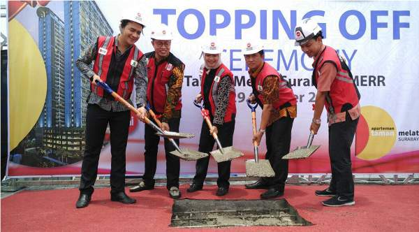Topping Off Taman Melati Surabaya (dok. housing-estate.com)