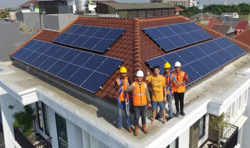 Salah satu rumah di kawasan Pantai Indah Kapuk, Jakarta Utara, yang menggunakan panel surya dari ATW Solar. (Foto: Dok. ATW Solar)