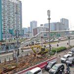 Suasana pembangunan jalur kereta ringan atau light rail transit (LRT) Cawang-Dukuh Atas di kawasan Cawang, Jakarta Timur. (Foto: Dok. Majalah HousingEstate)