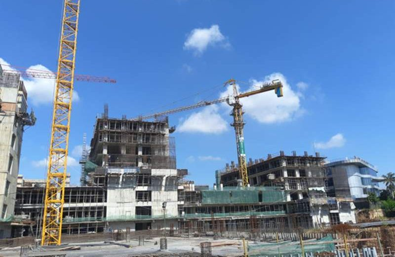 Pembangunan empat menara apartemen 31-33 lantai di tahap pertama pengembangan superblok Daan Mogot City (16 ha) di Jl Daan Mogot, Jakarta Barat, dijadwalkan rampung akhir 2019. (Foto: Dok. Daan Mogot City)