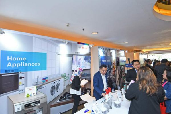 Bosch memamerkan portofolio produknya kepada media dalam kegiatan 2018 Annual Press Conference Bosch in Indonesia di Jakarta, Rabu (18/7/208). (Foto: HousingEstate/Susilo Waluyo)