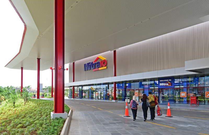 Mitra10 di QBig, BSD City, Serpong, Tangeran Selatan (Banten), salah satu toko terbesar dan terluas dengan area lebih dari 7.000 m2 (foto: HousingEstate/Susilo Waluyo)