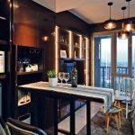 Lokasi: Apartemen Royal Olive, Pasar Minggu, Jakarta Selatan Luas: 52 m2 (semigross) dua kamar tidur Desainer Interior: Tri Hikmawati W.P, TMS Creative (Jakarta)