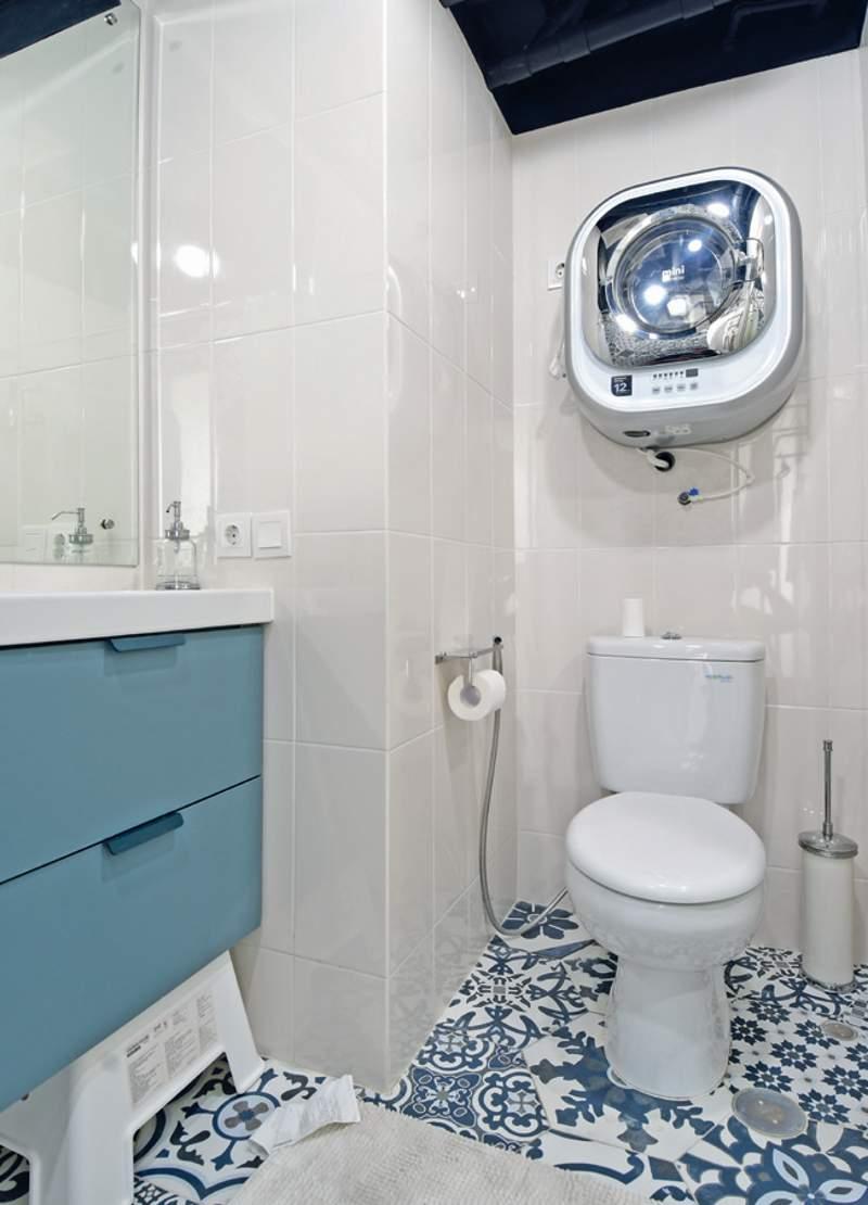 kamar mandi mungil maksimalkan fungsi